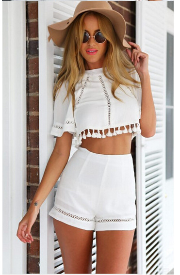 2015 New Summer Style 2 Piece Set Women Crop Top and Shorts Set Backlless  Tassel White Short Tops dbdf33952b98