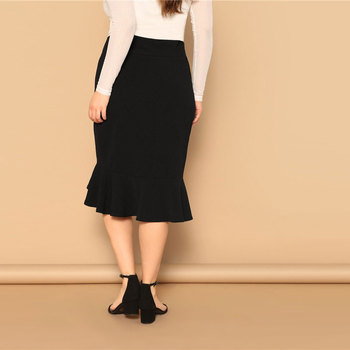 Plus Size Asymmetrical Ruffle Hem Black Bodycon Skirts