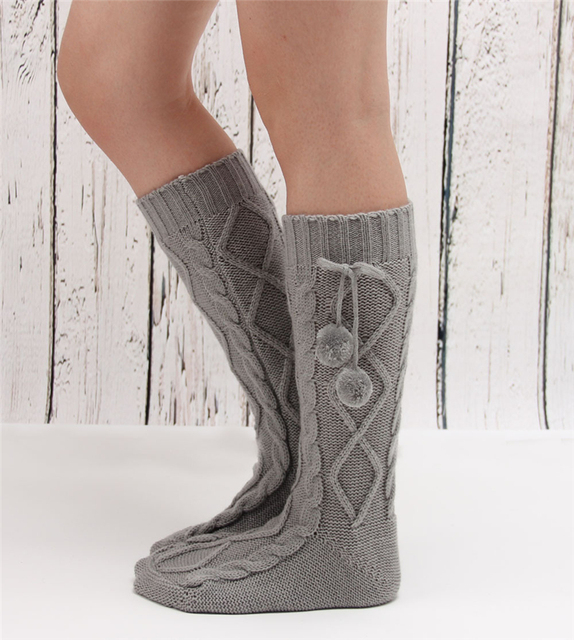 Knitted woolen slippers socks with pompoms uT82r3