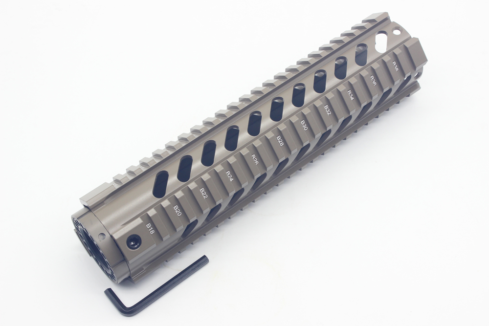TriRock T-Series 10 palcový zdarma Float Quad Picatinny Rail Handguard instaluje na standardní délku karabiny AR-15 M16 pušky Tan