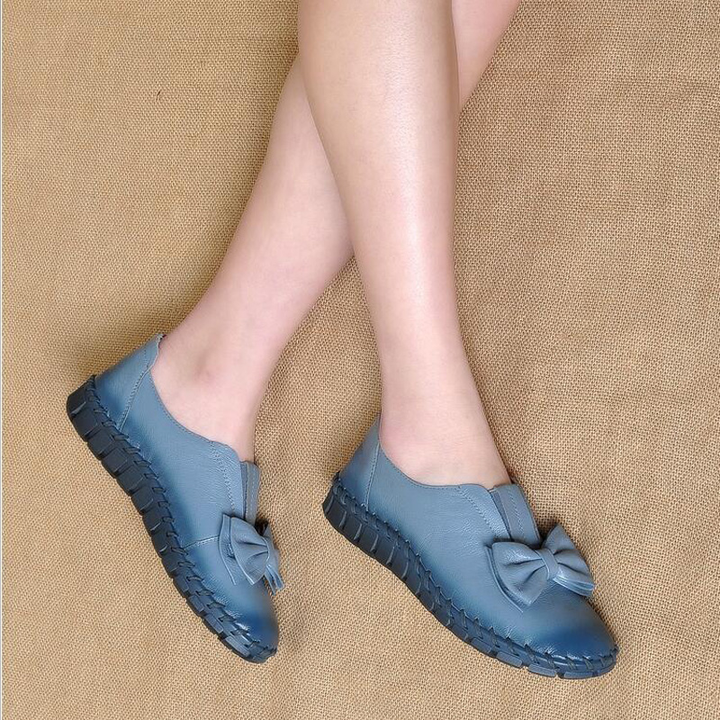 Këpucë të buta fundore të buta të grave, të qepura retro, të bëra me dorë