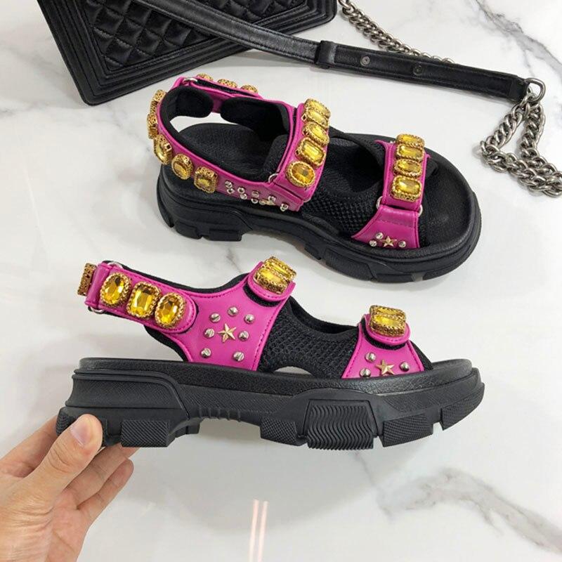 2019 plus récent gladiateur sandales femmes strass diamant Rivet étoile fond épais marche chaussures femme mode plage chaussures-in Sandales femme from Chaussures    3