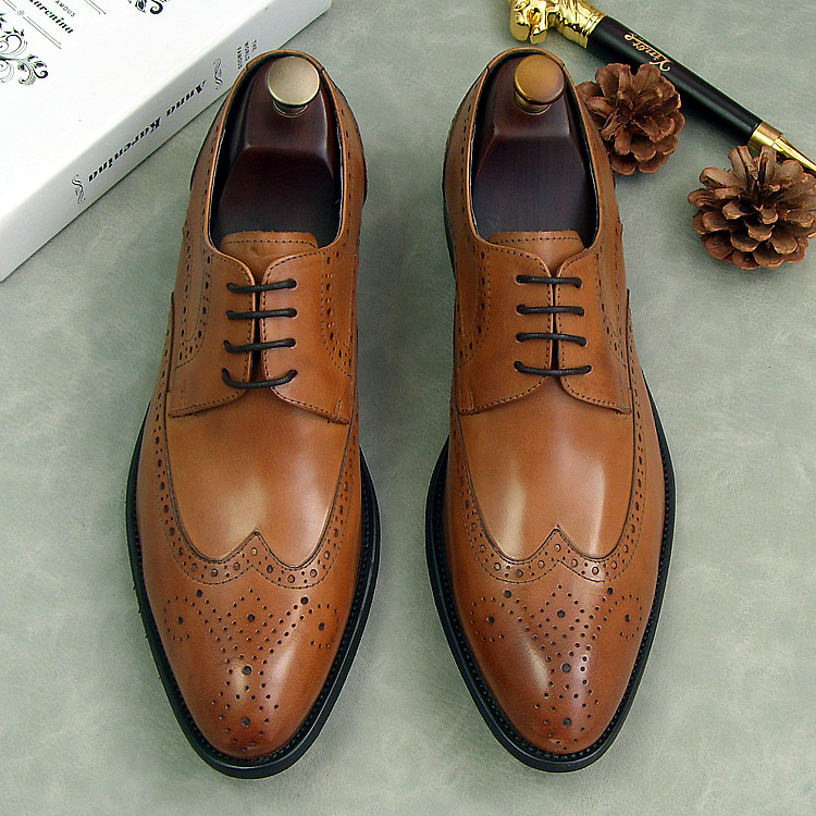 2018 carved borgues oxfords wedding dress shoes for man sprng male siingle leather shoes lace up party formal business oxfords pjcmg fashion black red lace up pointed toe genuine leather business carved formal casual dress oxfords shoes for man