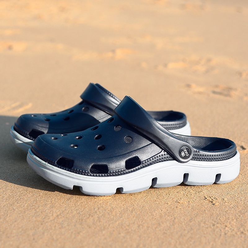 Men Garden Sandals Thick Sole Jelly Shoes Men Comfortable Soft Beach Water Shoes Outdoor Sandals Massage Causal Sandals Men in Slippers from Shoes