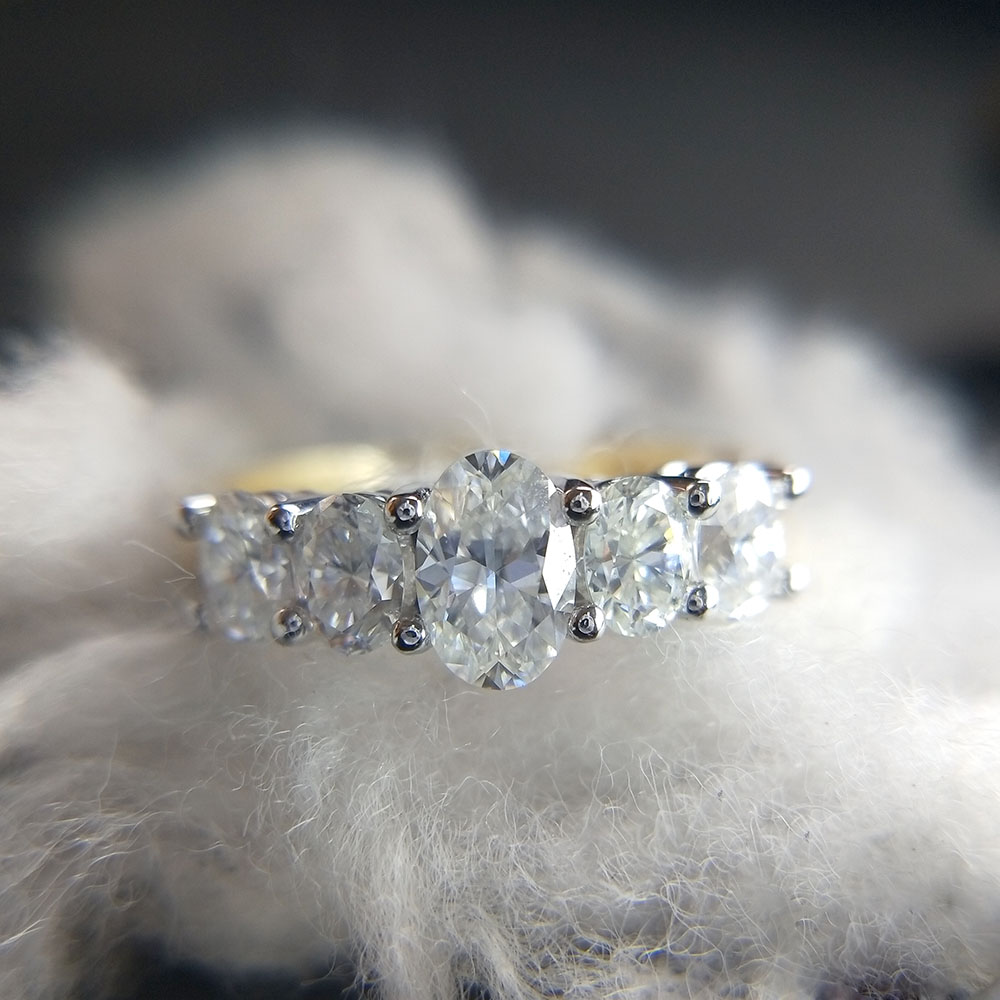 14K Yellow Gold and White Gold 1.2CTW 5pcs DF Oval Moissanite Engagement Ring Band lab Diamond Solitaire Wedding for Women transgems 1 6 ctw carat lab grown moissanite diamond eternity band solid 14k yellow and white gold engagement anniversary ring