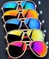 Nueva Lente de la Película de Color Gafas de Sol de Moda UV400 Hombres Mujeres Regalo Comercial Pesca Camaleón Del Partido Al Aire Libre gafas de Sol de Vuelo