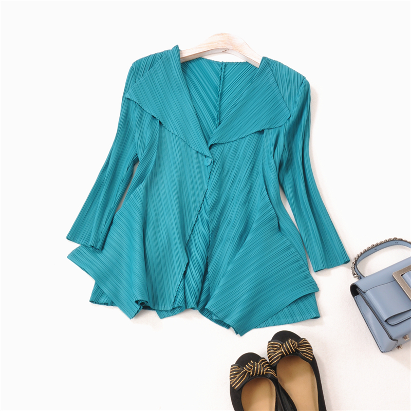 French fashion Lapel PLEATS three-dimensional hem folded jacket spring and autumn button short jacket