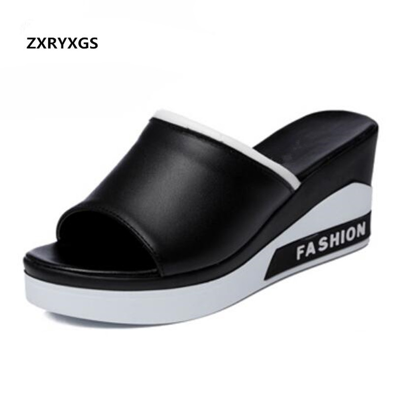 Hot Selling 2019 New Summer Leather Sandals Comfotable Wedges Casual Shoes Woman Sandals Fashion Thick Bottom Leather Slippers