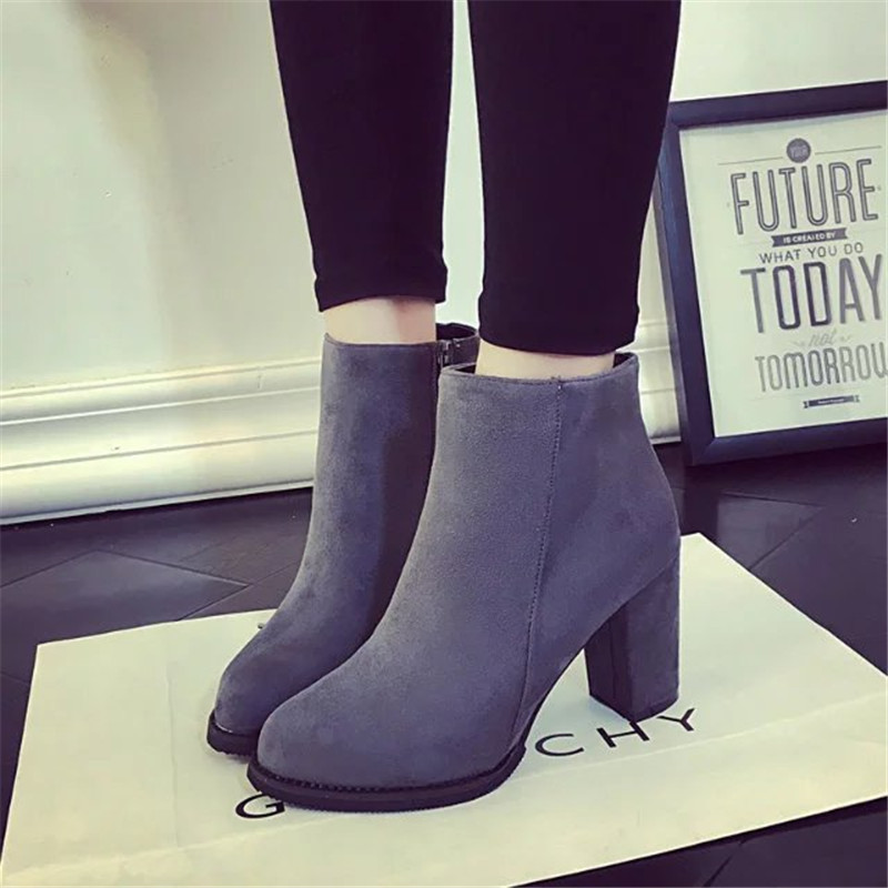 2017 autumn and winter boots and British fashion boots suede high-heeled shoes with non slip shoes all-match coarse autumn and winter new leather shoes with leather boots and boots with flat boots british classic classic hot wild casual shoes