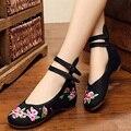 Chinês Tradicional Bordado canvs Sapatas Ocasionais Floral Sapata Das Senhoras Novo 2016 Mulheres Flats sapatos de dança sapatos único