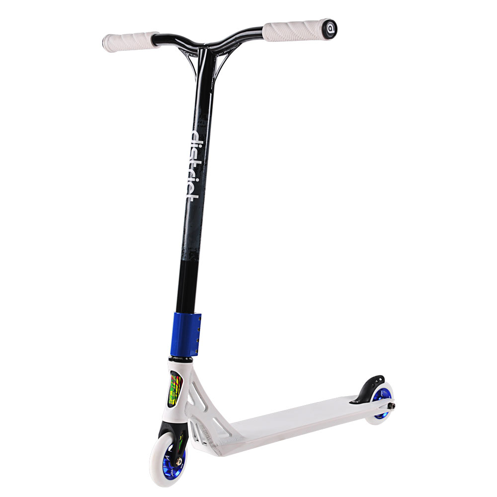 If you're looking for complete scooters, shop online with SkateHut today. We offer kids' scooters of every style and colour from the globe's most recognised brand names. Shop online for complete scooters from brands such as JD Bug, Lucky Scooters, Madd Gear Pro, District, Blazer Pro, Sacrifice, Maui and Sons, AO Scooters, Slamm and many more!