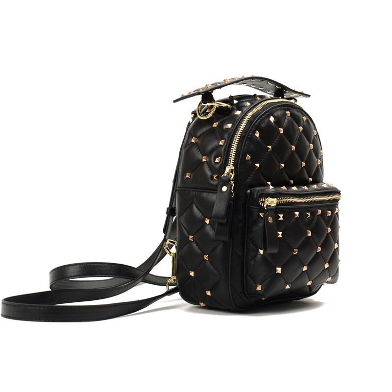 2018 New Fashion Women Sheepskin Backpack High Quality Woman Backpacks Female Travel Shoulder Bag College Rivet School Bag