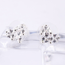 1 Pair Fashion White Heart Pattern Square Zircon Women Stud Earrings Elegant Wedding Ear Studs Valentine Gifts цена