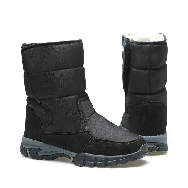 2018 الرجال الأحذية الشتوية السوداء الذكور snowboots حجم كبير 48 الدافئة الفراء المطاط قوي تسولي مشبك جديد رجل نمط شحن مجاني