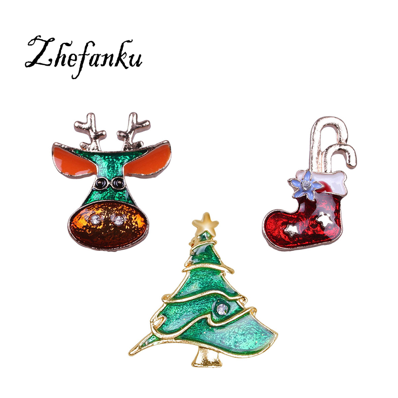 2017 Winter Hot Christmas Brooch Pins Christmas Tree brooches Jingle Bell Deer Boots Heart Design