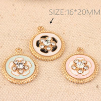 Wholesale 16*20MM Gold Tone Plated Alloy Jewelry Finding Pendant Charms Crystal Rhinestone Paved Rose Flower Round Charm Craft