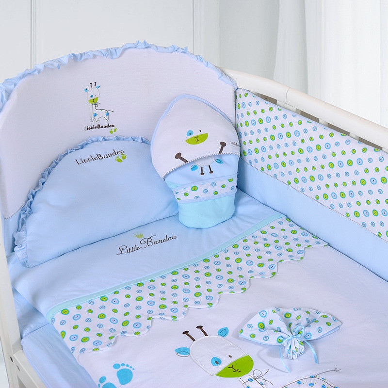 7 Pieces Baby bedding Sets Small Deer Button Printing Seven Sets Pillowx2+Bed Sheets+Bedside+Bed Cushions+ Quilt +Sheets Core2