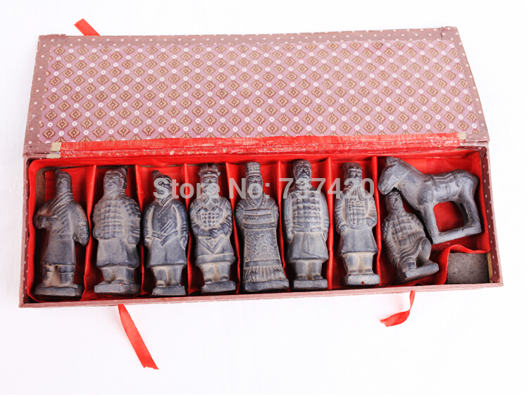 Clay crafts 8pcs\set Old chinese army Terracotta Qin army sculpture 8.5cm high with gift box china figurine home decoration