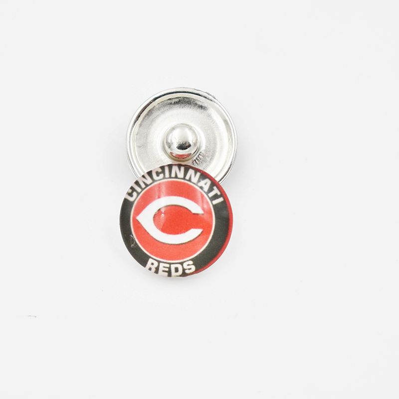 Cincinnati Reds Baseball Team Glass Snap Button Charm For 18MM Snap Button Jewelry (Mixed Or Single Sell)