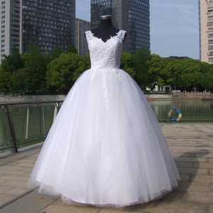 Image 2 - כדור שמלות ספגטי רצועות לבן שנהב טול שמלות כלה 2020 עם פניני כלה שמלת נישואים לקוחות Made גודל