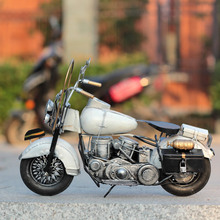 Nostalgia Motorcycle Model Art Collection Retro Motor Figurine Metal Decoration Handmade Iron Motorbike Prop Vintage Home Decor