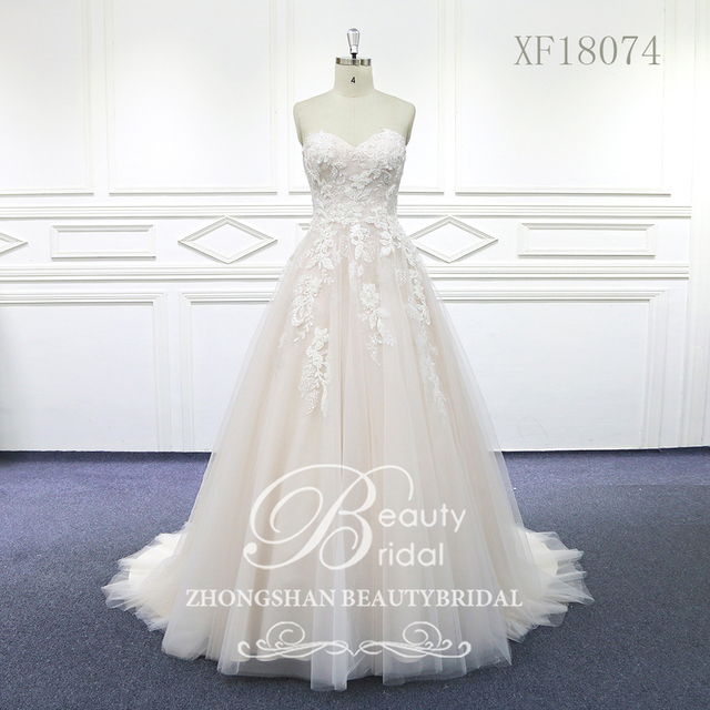 100% נדל תמונות מתוק לב חתונת שמלות משפט רכבת חתונה Vestido תחרת כלה שמלה עם אגלי XF18074