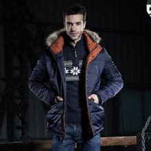 Русские Мужчины С Капюшоном Воротники Хлопка-Проложенный Одежды мужская Увеличился Хлопка-Ватник Пальто Человек Зимние Куртки Северной куртка