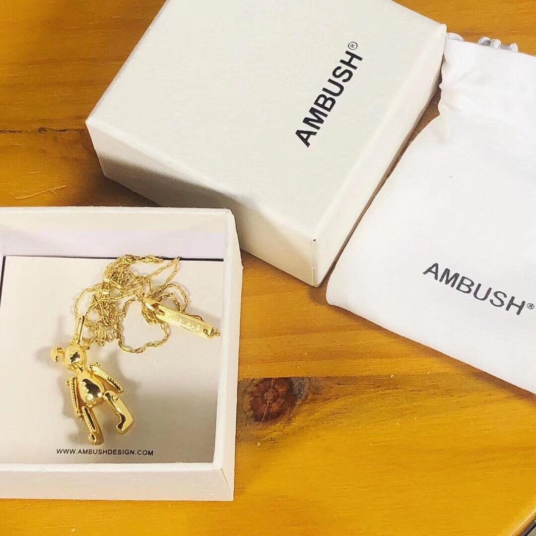 2019 collier en alliage d'aluminium Ambush Bear collier unisexe collier de fille douce bijoux accessoires de tempérament embuscade