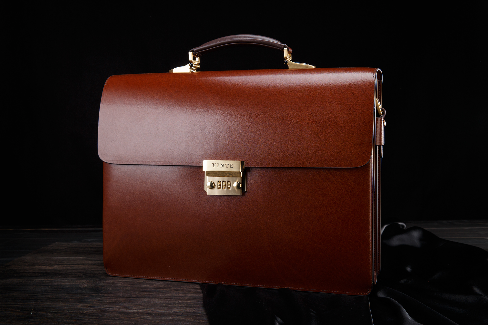 1249f5b60bb95 YINTE Leder herren Aktentasche Leder Business Tasche männer Laptop Tasche  Anwalt Handtasche Dokument Dicker Männer Totes Portfolio T8191 6 in YINTE  Leder ...