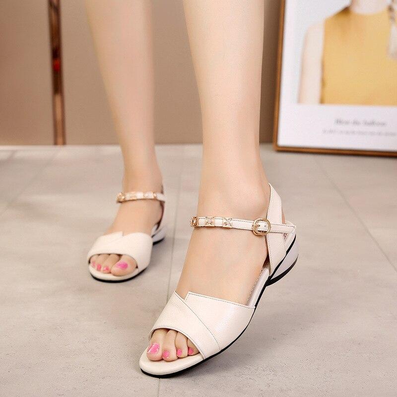 Sandales d'été en cuir véritable femmes à la mode bout ouvert talon bas grande taille 42 43 chaussures en cuir véritable