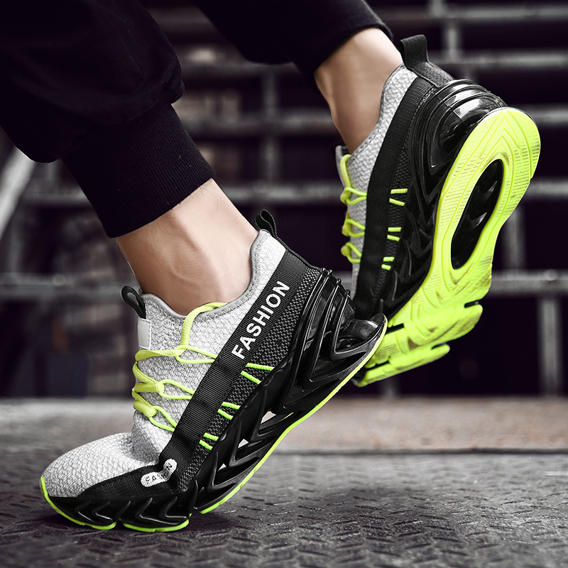 Breathable Blade Running Shoes New Comfortable Plus Size Sports Shoes 45 Fashion Mens Shoes Walking Jogging Casual ShoesBreathable Blade Running Shoes New Comfortable Plus Size Sports Shoes 45 Fashion Mens Shoes Walking Jogging Casual Shoes