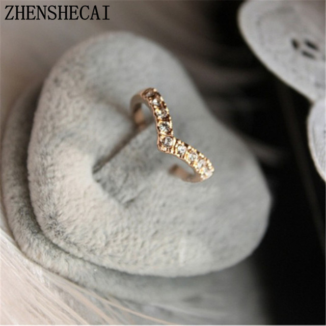 Unique Design Concise Simple Style Rhinestone Crystal V-shaped Tail Ring wholesa