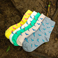 2016 Winter Autumn New Women In Tube Sock Small Cartoon Dinosaur pattern Women Socks Fashion Cotton EUR35-40