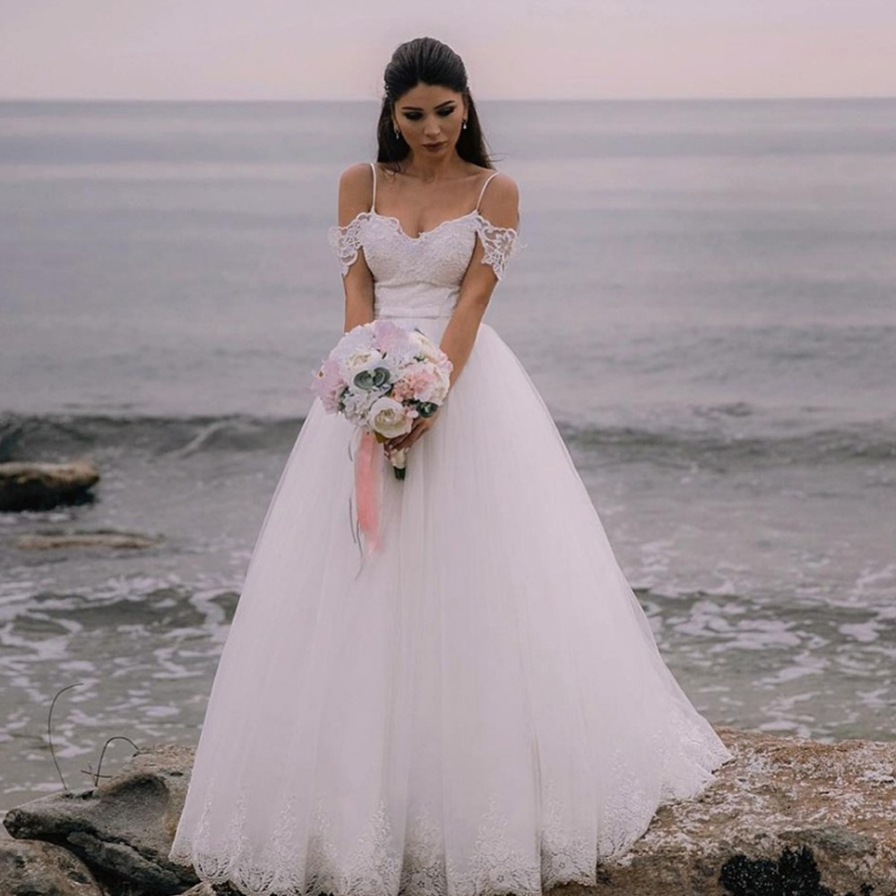 Elegant White A Line Boho Beach Wedding Dresses Spaghetti Straps Off Shoulder Lace Bodice Bridal Gowns