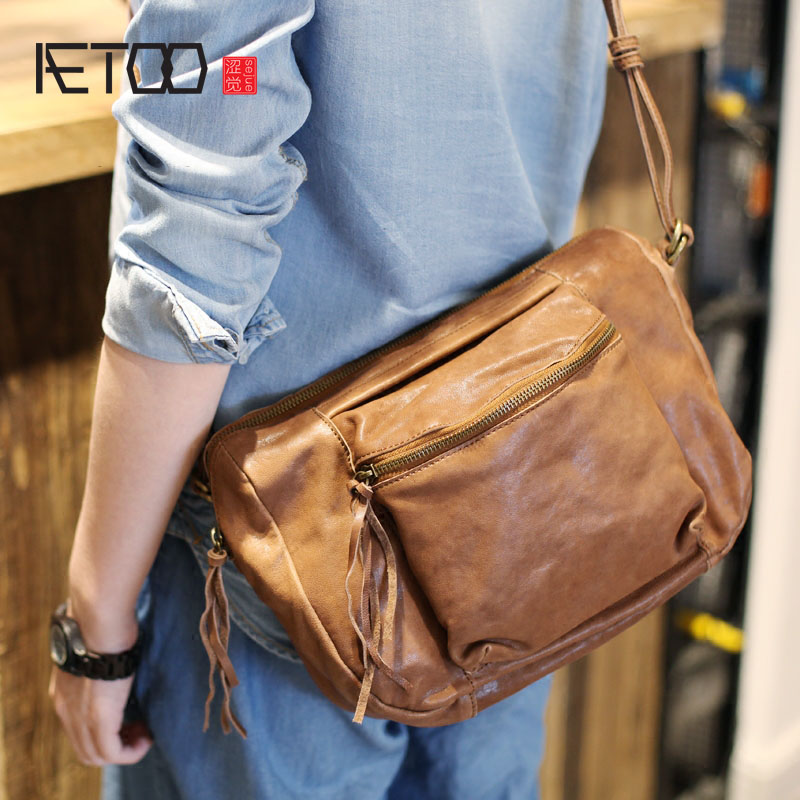 AETOO Retro tassel motorcycle bag bag art casual large capacity sheepskin soft leather shoulder diagonal package leather handbag aetoo european goods art casual leather