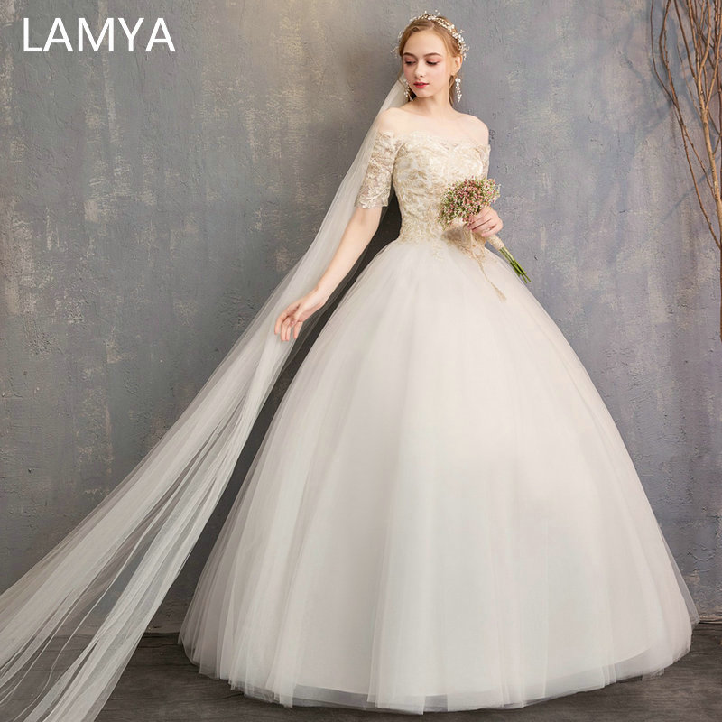 LAMYA 2019 Luxury Short Lace Sleeve Wedding Dresses Princess Boat Neck Bridal Gown Women Elegant Wed Dresses Vestidos De Noiva