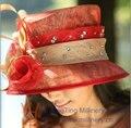 Envío de La Venta Caliente Moda de Nueva Elegante Mujeres Sombrero Sinamay Decorado Con Plumas Y Piedras Mujeres de Ala Ancha sombrero Haircord Rojo sombrero