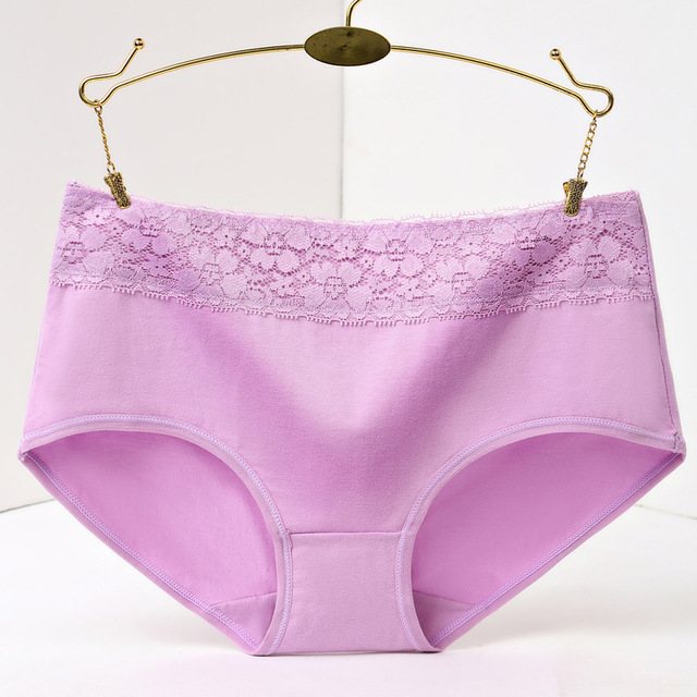 Elegant and fashionable Laced Cotton Panties