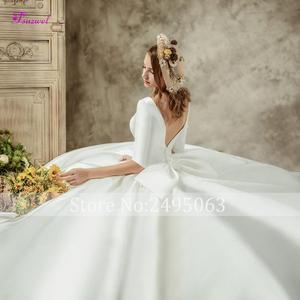 Image 4 - Fsuzwell robe de mariée de luxe en Satin avec traîne chapelle, dos nu, ligne a, col rond, demi manches perlées, princesse, modèle 2020