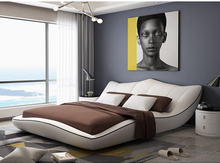 Europe and America Genuine leather bed frame Modern Soft Beds Home Bedroom Furniture cama muebles de dormitorio / camas quarto para quarto quarto nightstand bed room furniture set rushed wooden modern style new arrive hot sale design bedroom sets