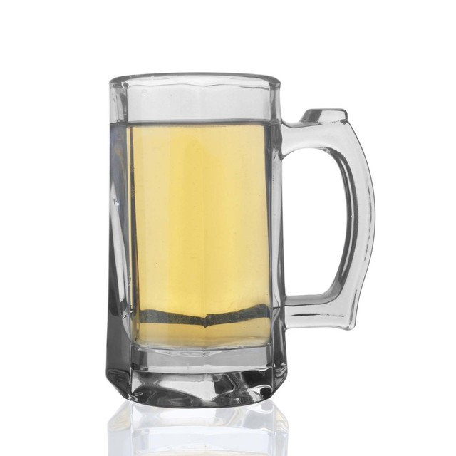 thick cold beer glass beer mug with the oversized cups juice cup