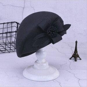 Image 5 - 2019 חדש צמר כומתת חורף כומתות נשים אופנה הרגיש פרחוני נשי צרפתית אלגנטי כפת מגבעת כובע כפה Autumu פרח