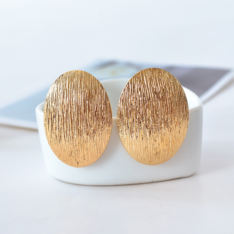 Ny öronklämma / överdriven mode söt ellipslinje örhängen öronklämma kvinnor smycken festival fest närvarande