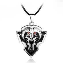 Vintage Jewelry Pendant Necklace Worlds of War craft DOTA2 Wolf Head Shield Game Jewelry Men Gift Necklaces Free Shipping
