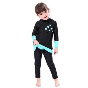 Image 4 - Мусульманский купальник для девочек, детский купальный костюм Burkinis, пляжная одежда в арабском стиле, костюм для плавания и дайвинга, комплект из двух предметов с длинными рукавами