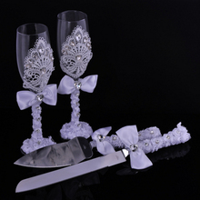 1 pair Wedding Bridal Shower Gift wedding lace Champagne Toasting Glasses Set lace wedding wine cup +lace Cake knife