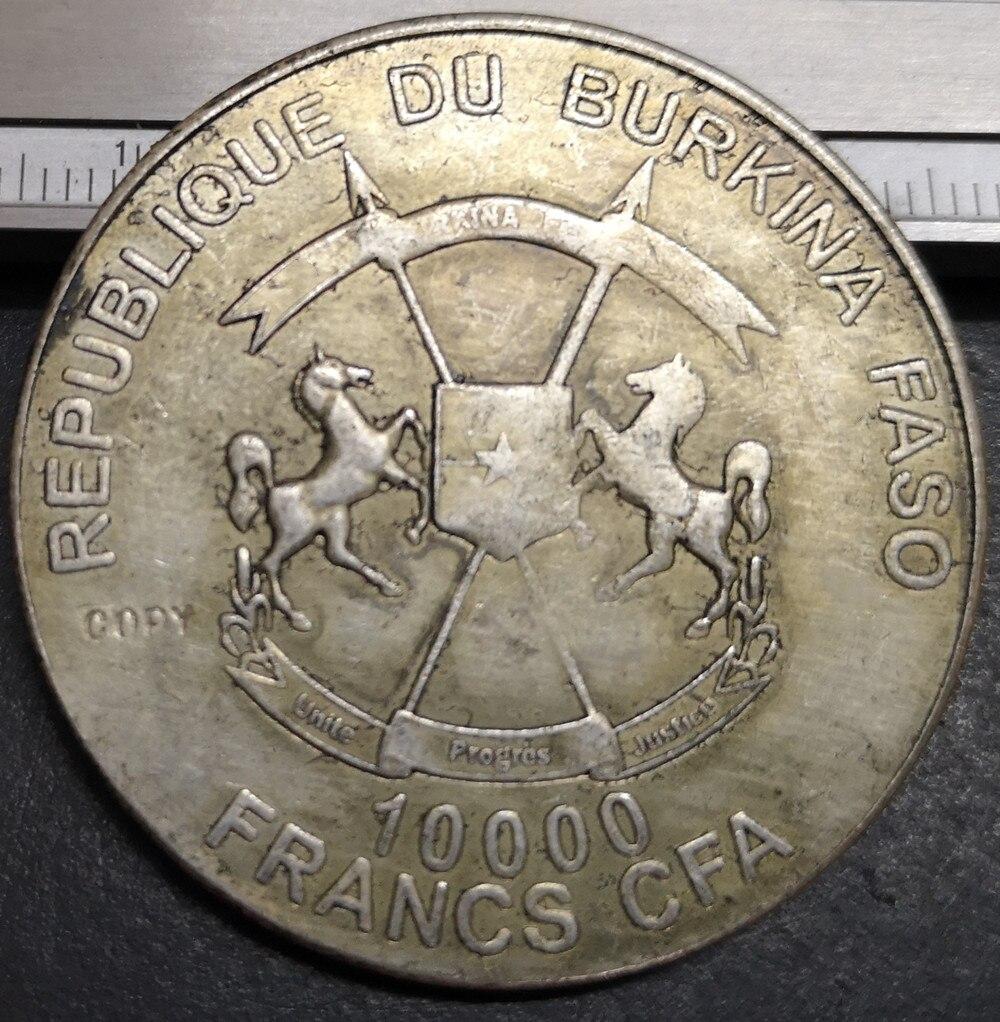 10.000 FRANCS CFA Burkina Faso CANONIZA TION POPR JOHN XXIII Silver Coin