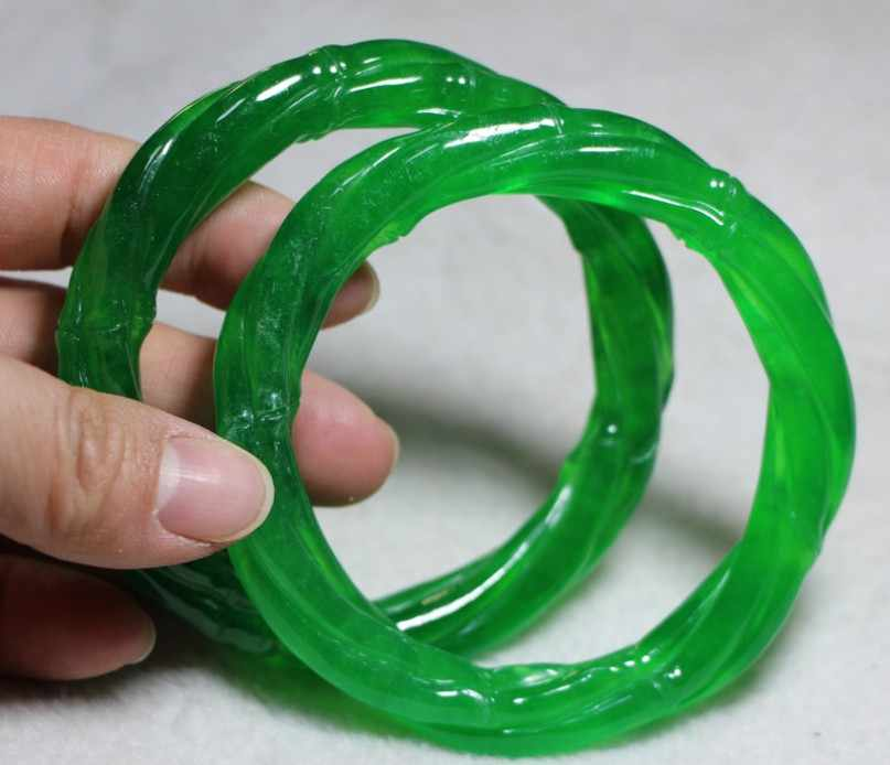 Hand Carved Chinese Green Jadeite