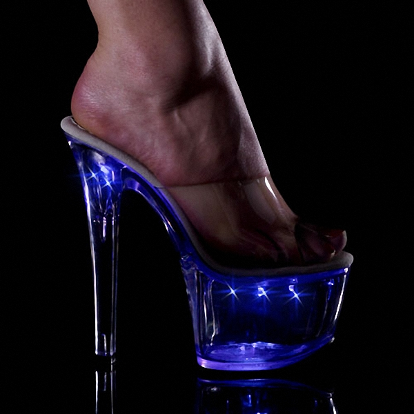 Shoe fetish clubs