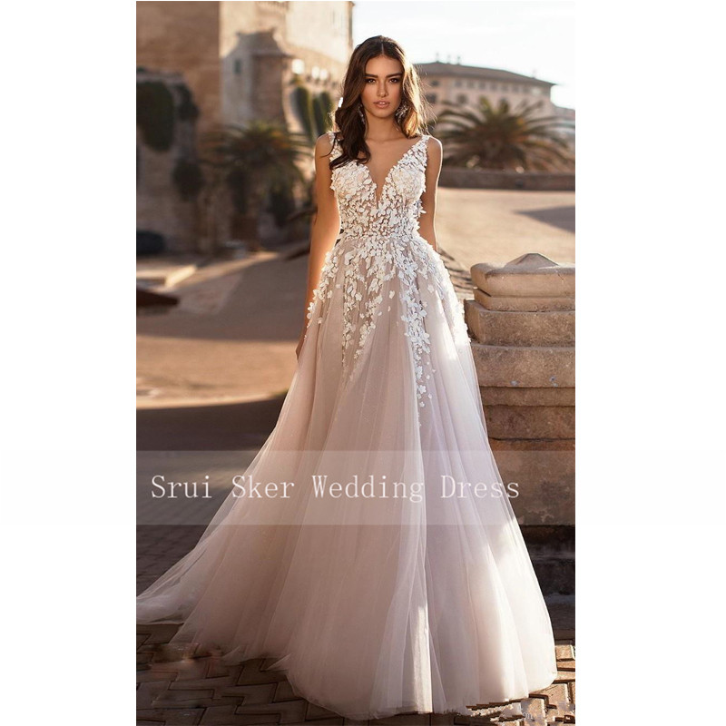 Image 2 - Marvelous champagne V Neck Wedding Dresses 3D Floral Appliqued Lace Bridal Gowns Tulle vestido de novia Plus size-in Wedding Dresses from Weddings & Events